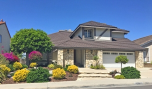 Andalusia Homes for Sale in Mission Viejo near the Lake