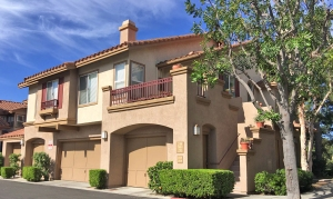 California Court Condos for Sale in Mission Viejo