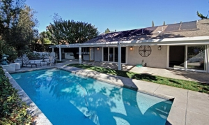 Pool Homes in Mission Viejo for Sale